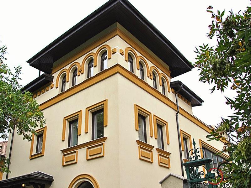 fatade case cu arcade din polistiren, tencuiala decorativa, ornamente polistiren
