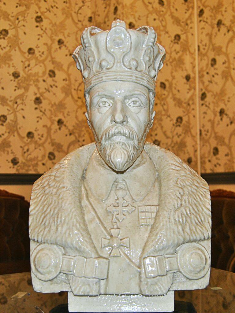 bust, butaforie polistiren regele ferdinand, statui polistiren