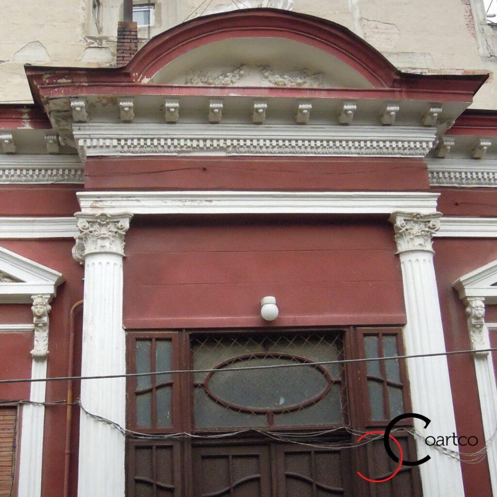 Reabilitare fatade cladiri veci, bucuresti, cladire istorica cu coloane