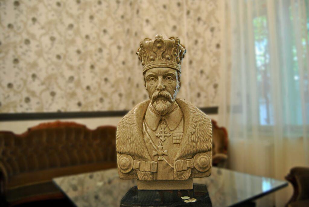 Bust Ferdinand I, bust polistiren, statuie polistiren