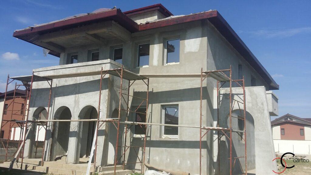 manopera fatada casa, montaj profile decorative