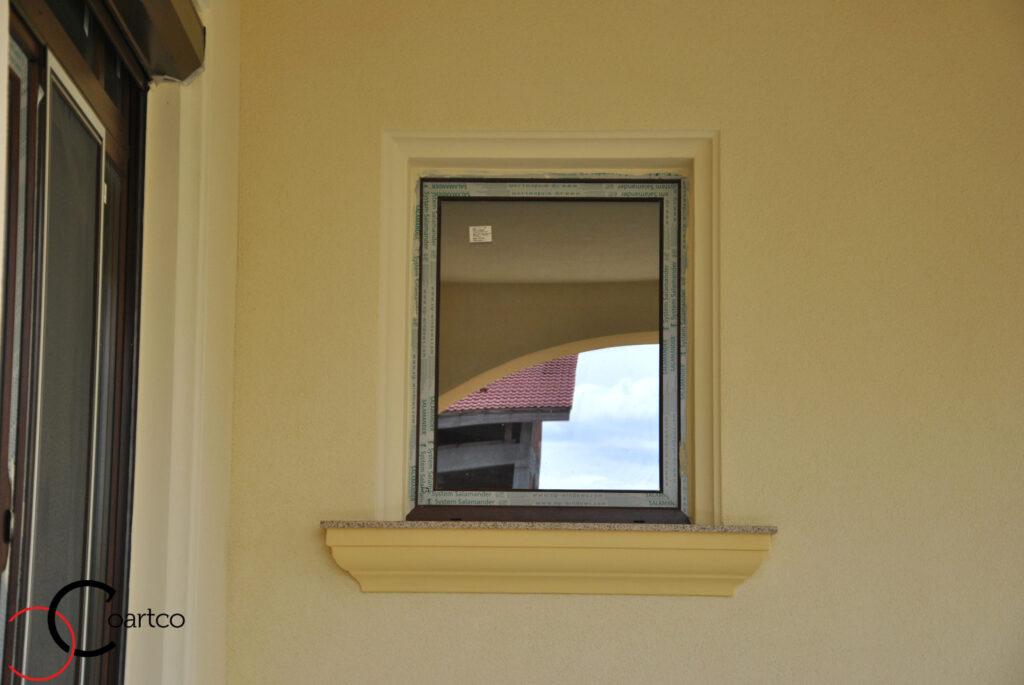 ancadrament, ancadrament fereastra, ancadrament ferestre, ancadramente, solbanc, pervaz, solbanc fereastra, pervaz fereastra, fatada casa
