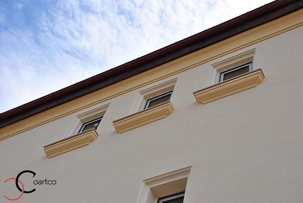 solbanc ferestre, solbanc fereastra, pervaz ferestre, pervaz fereastra, profile decorative, fatada casa, fatade case