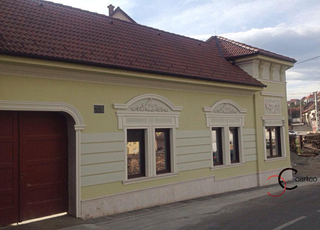profile polistiren decorare fatada casa in localitatea poiana sibiu