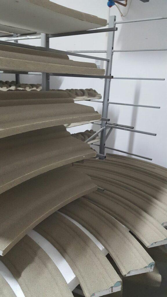 Fabrica de Profile Decorative din Polistiren CoArtCo zona de Uscare a Profilelor din Polistiren