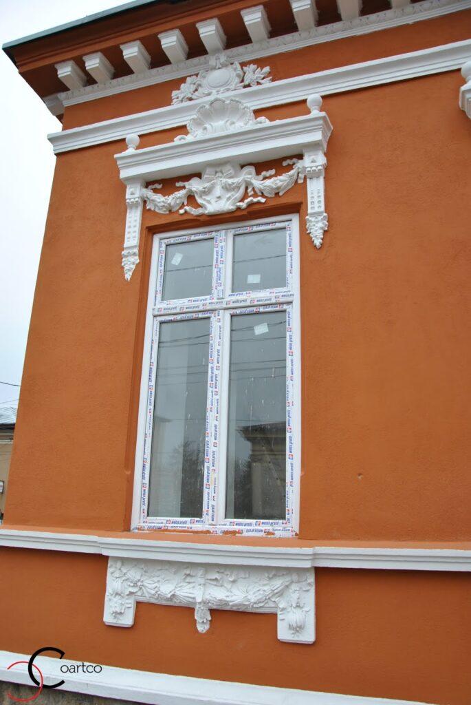Profile Polistiren Complexe pentru Reabilitare Elemente Arhitecturale - Ancadrament Polistiren