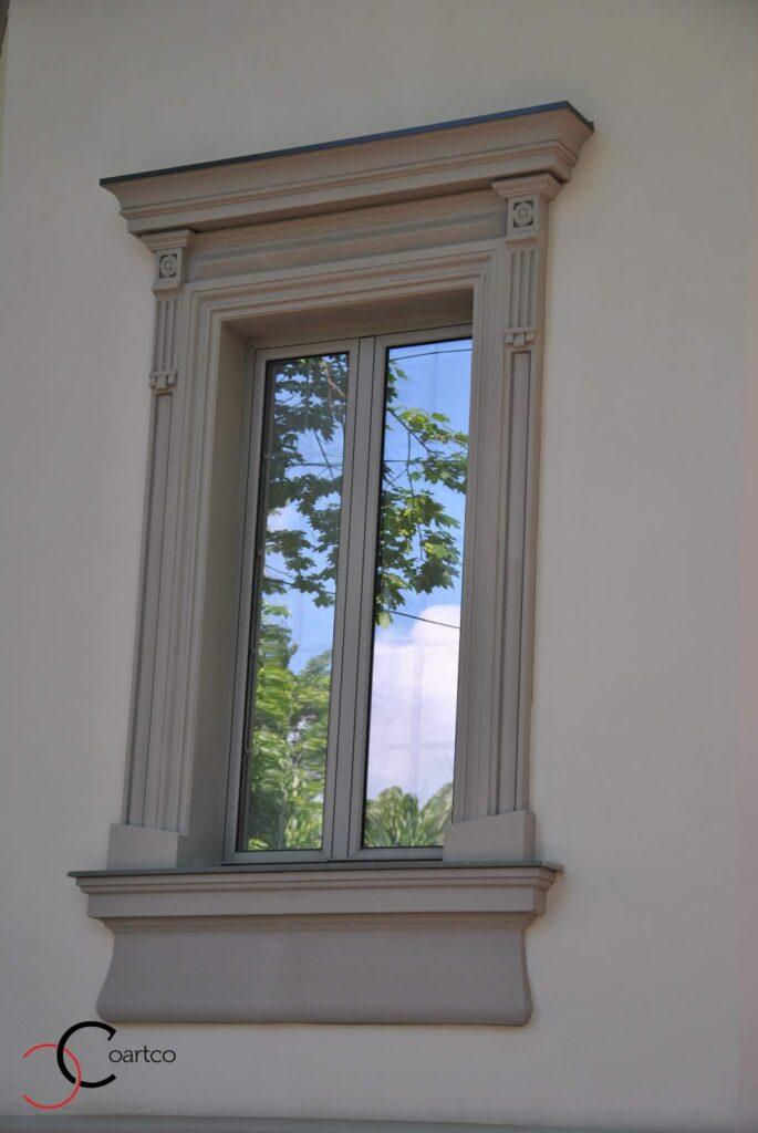 Ancadrament decorativ pentru fereastra casei din polistiren coartco casa dana rogoz