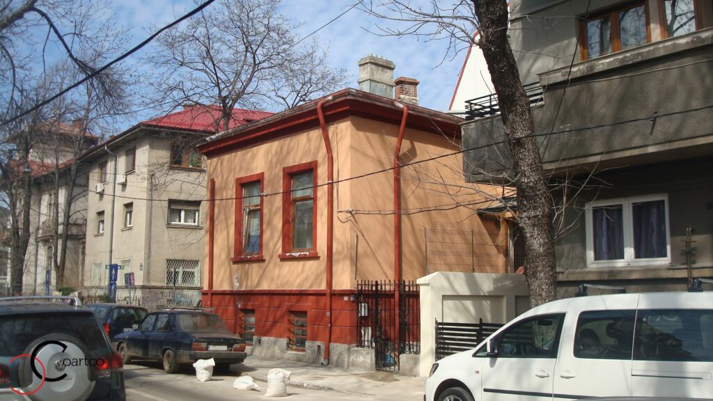 Casa lasata de fostii proprietari sa se degradeze