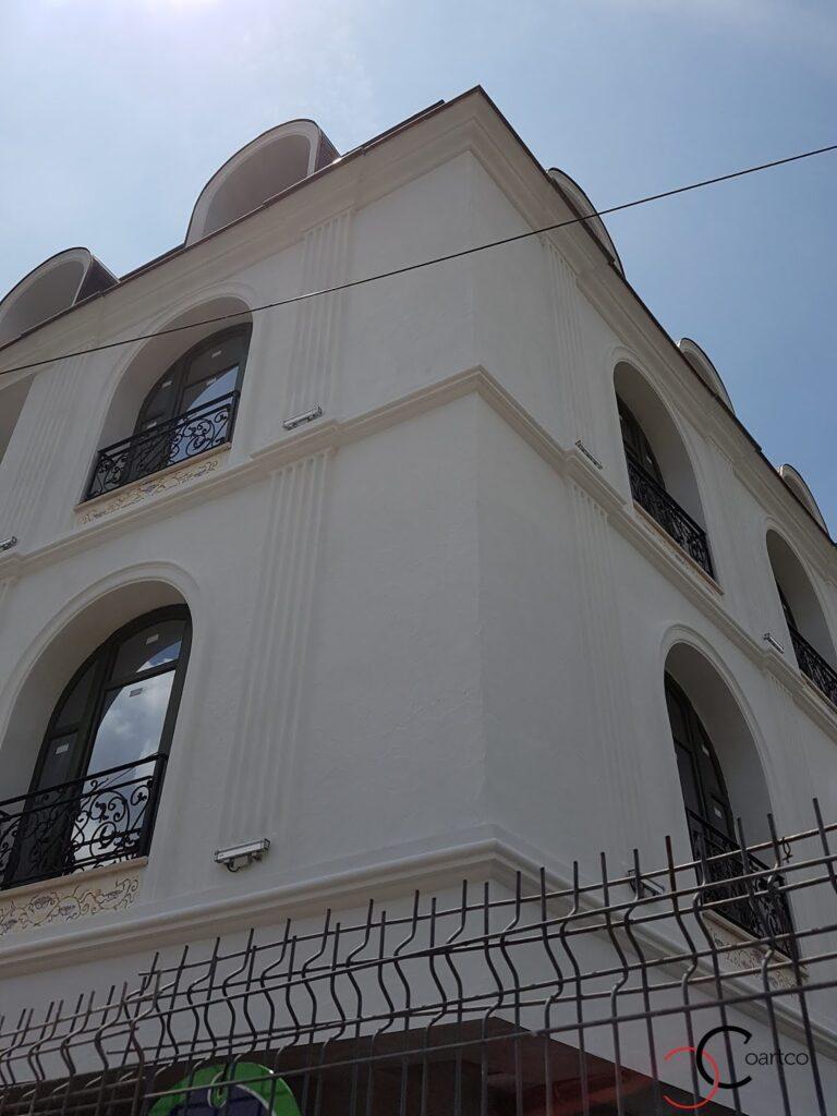 brau decorativ din polistiren si cornisa pentru exterior din polistiren coartco