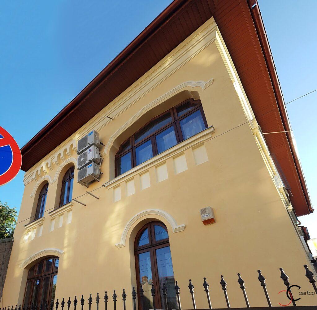 Fatade case cu tencuiala decorativa si profile decorative din polistiren CoArtCo
