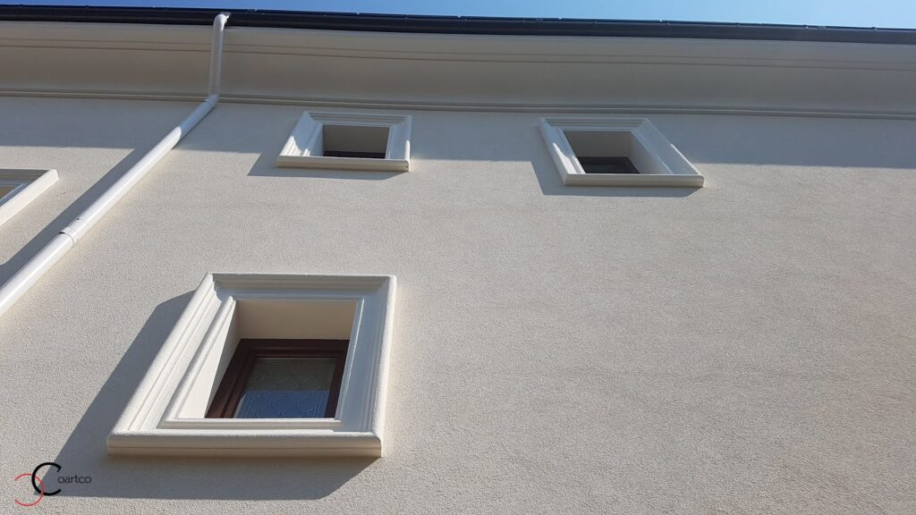 Ancadramente ferestre decorative din polistiren CoArtCo pentru exterior