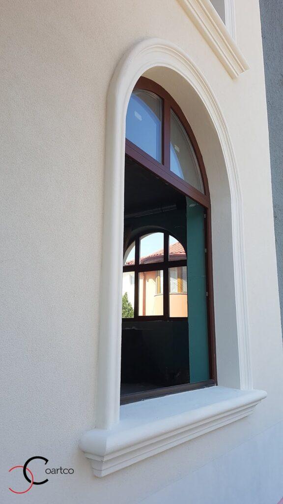 Profile decorative din polistiren CoArtCo pentru fatada Casei - ancadrament fereastra