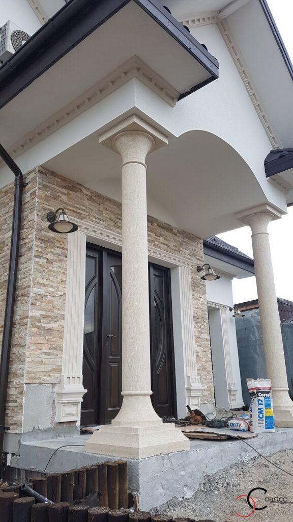 Fronton intrare casa cu coloane decorative din polistiren CoArtCo