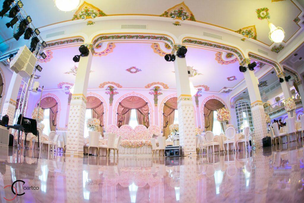 Profile decorative CoArtCo din polistiren pentru sali de nunti si evenimente
