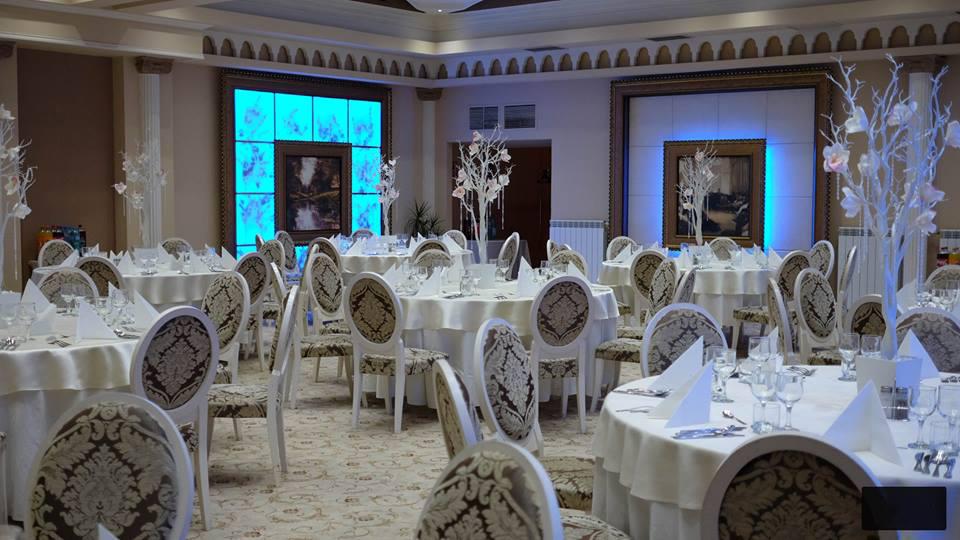 Profile decorative CoArtCo pentru interior salon de nnunti si evenimente