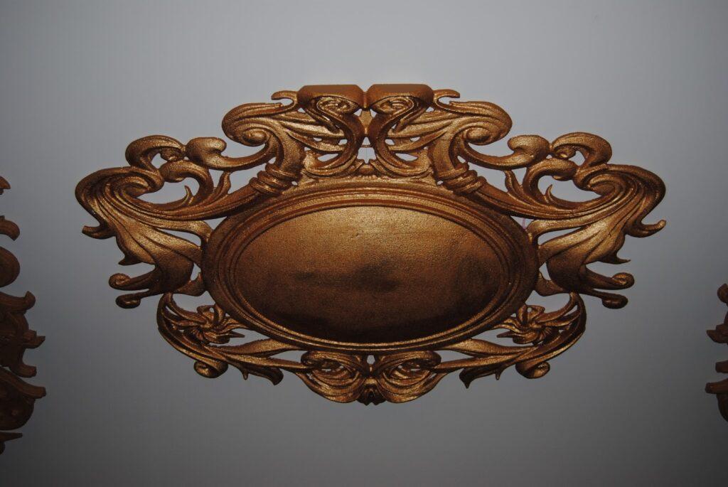 Rozeta decorativa din polistiren CoArtCo pentru decorare tavan sala de nunti