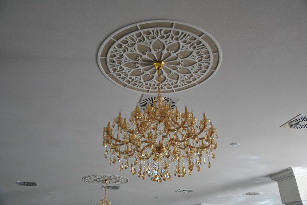 Rozeta decorativa din polistiren CoArtCo pentru sali de nunta si evenimente