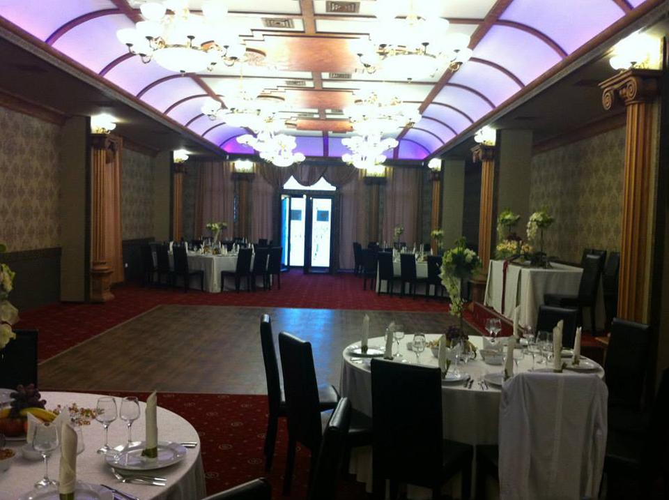 Sali de nunta si evenimente amenajate cu profile decorative CoArtCo