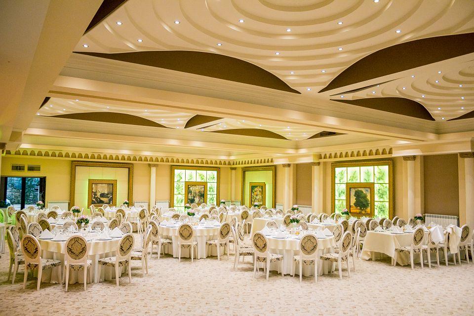 Amenajare sali de nunti si evenimente cu profile decorative CoArtCo