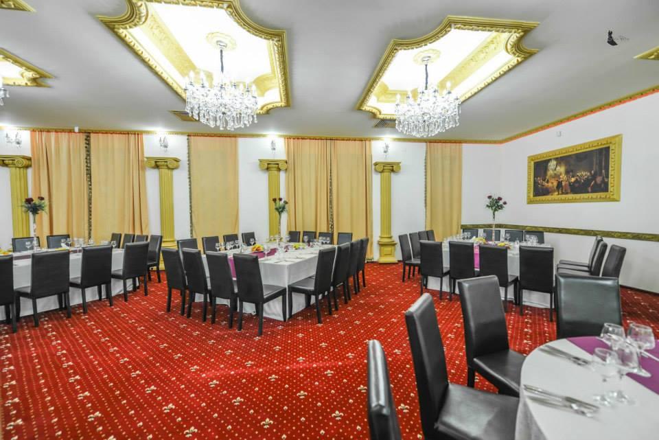 Amenajare salon de evenimente cu profile decorative CoArtCo