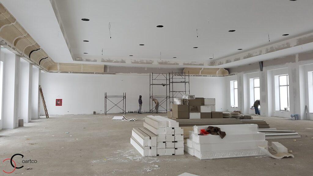 Amenajari sala evenimente cu profile din polistiren CoArtCo