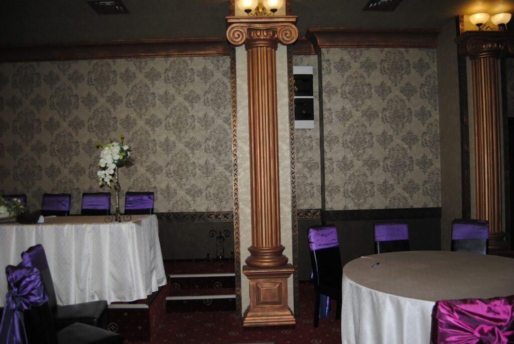 Coloana decorativa din polistiren CoArtCo pentru salon de evenimente