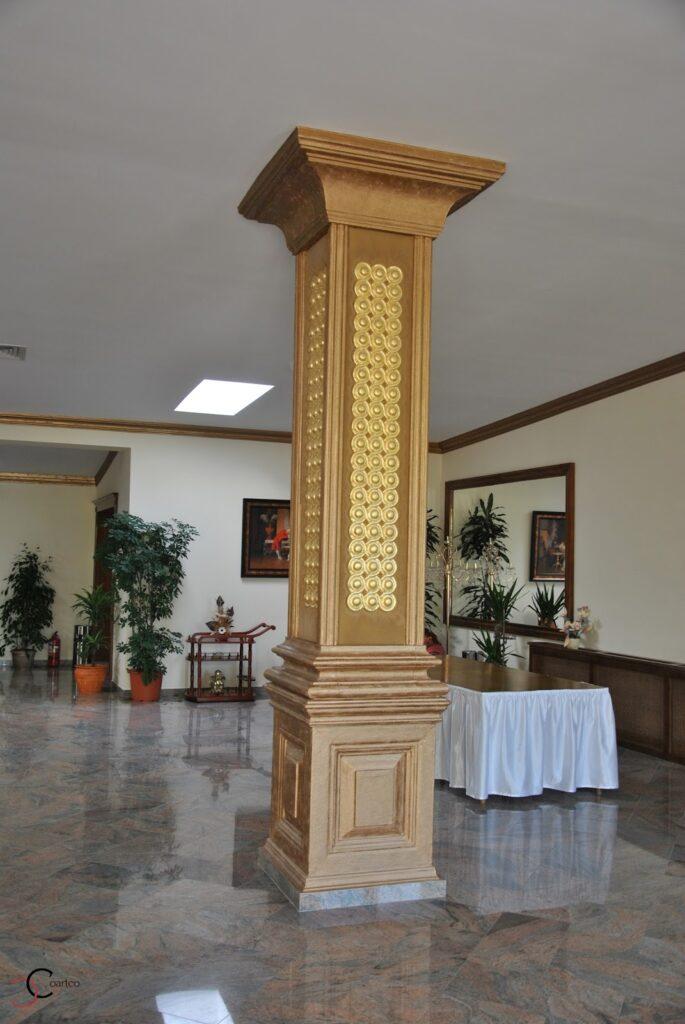 Coloana patrata decorativa pentru salon de evenimente din polistiren CoArtCo