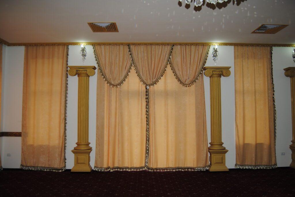Profile din polistiren CoArtCo pentru saloane de evenimente
