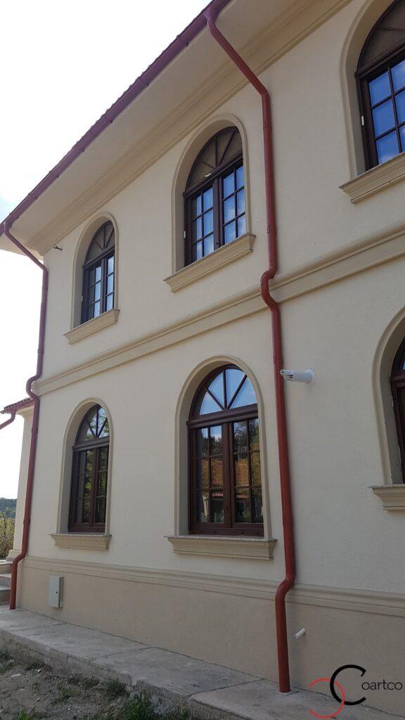 Brau, soclu si kituri ferestre cu arcada din polistiren CoArtCo