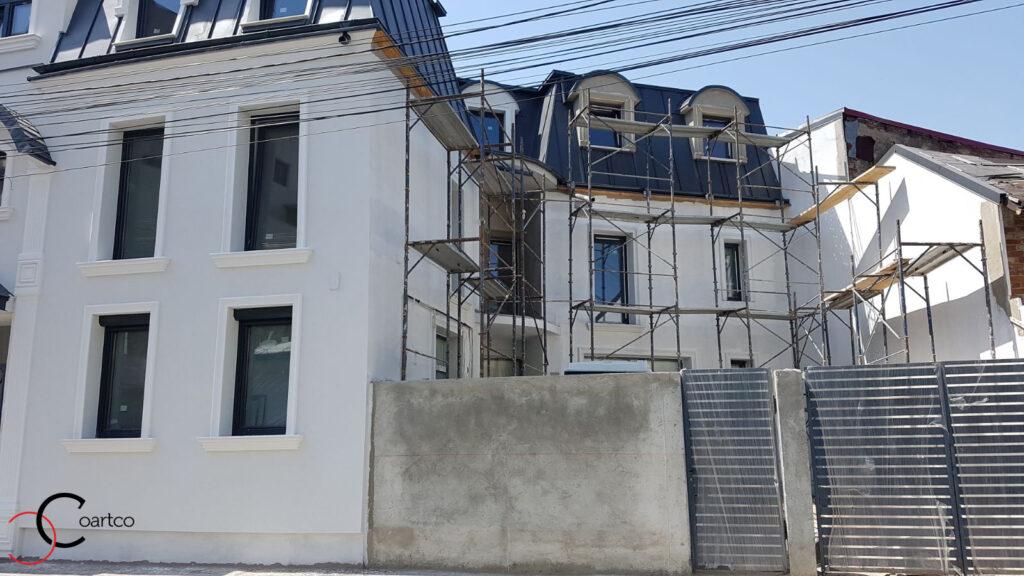 Ancadramente personalizate din polistiren CoArtCo pentru ferestre fatada casa