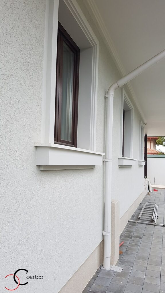 Solbanc decorativ din polistiren CoArtCo pentru ancadramente ferestre