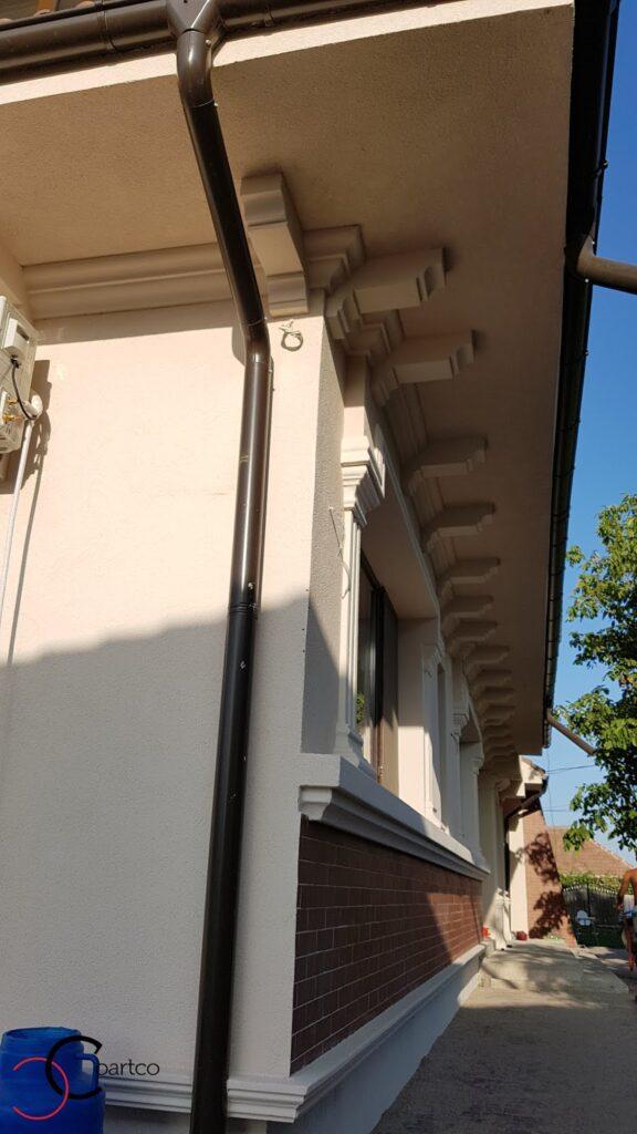 Soclu si solbanc decorative CoArtCo pentru fatada casa