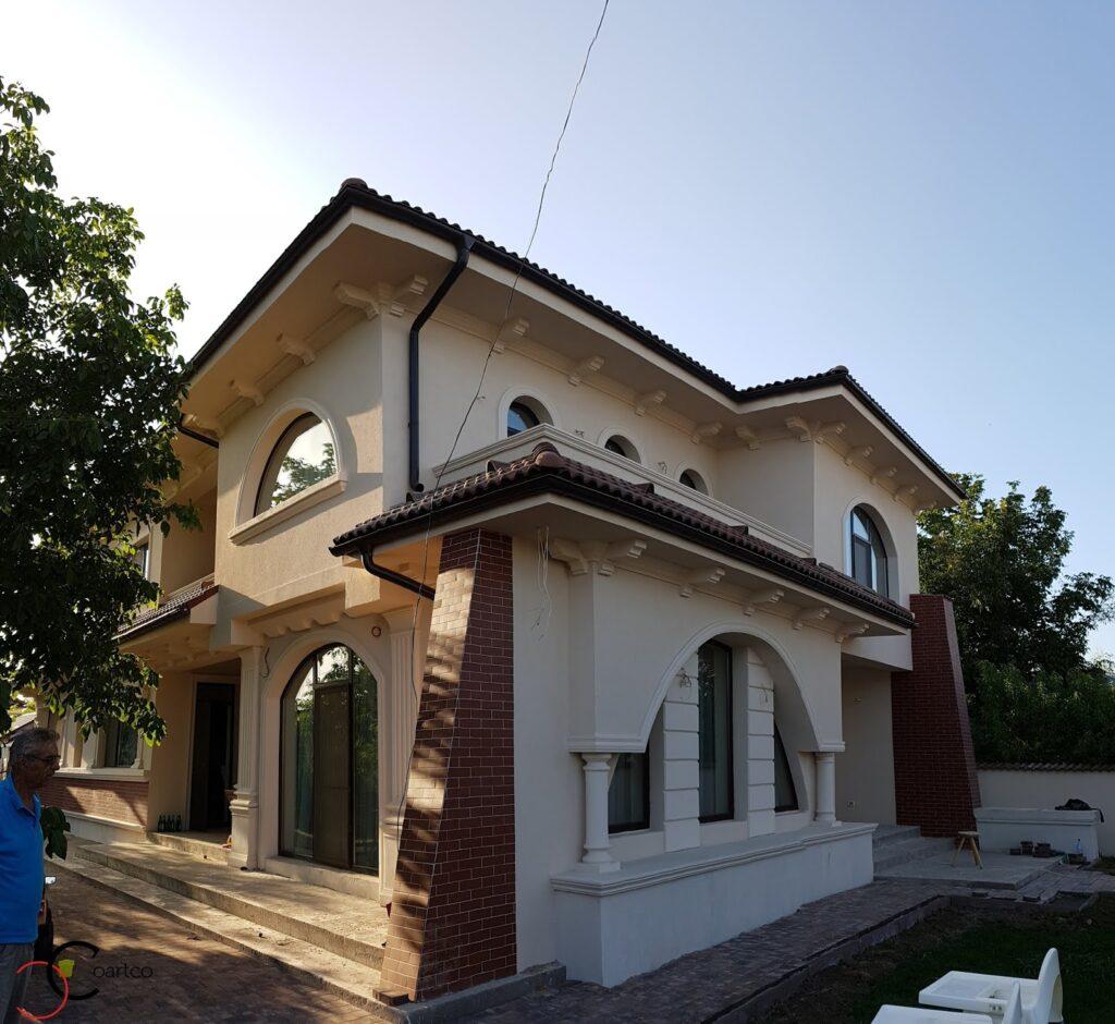 Exterior fatada casa cu profile decorative personalizate din polistiren CoArtCo