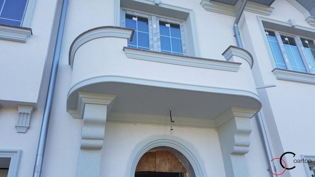 Balcon cu profile decorative personalizate din polistiren CoArtCo