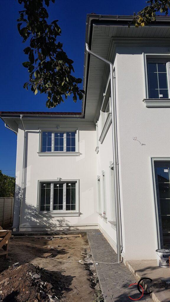 Ancadramente decorative CoArtCo cu solbanc pentru ferestre