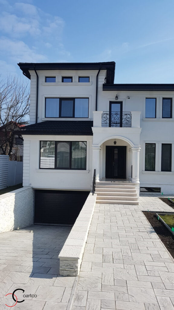 Fatada casa cu profile din polistiren CoArtCo