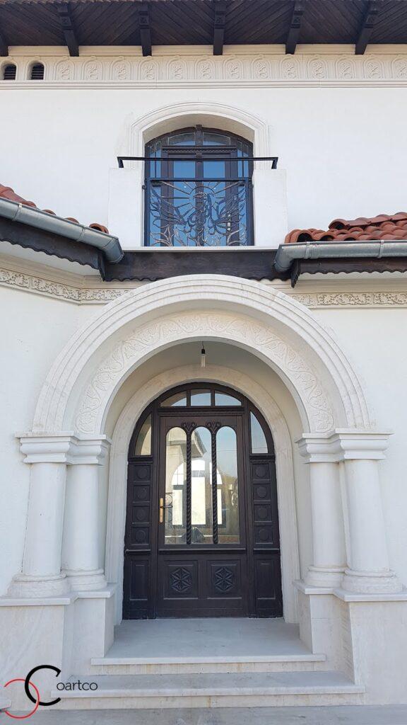 Arcade si coloane decorative pentru intrare fatada casa