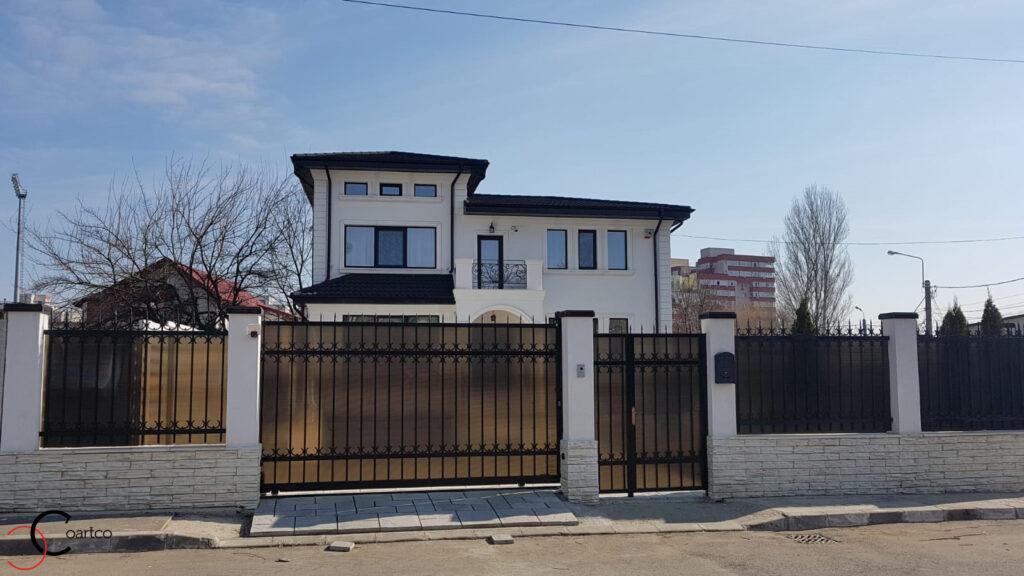 Fatada casa cu profile din polistiren personalizate CoArtCo