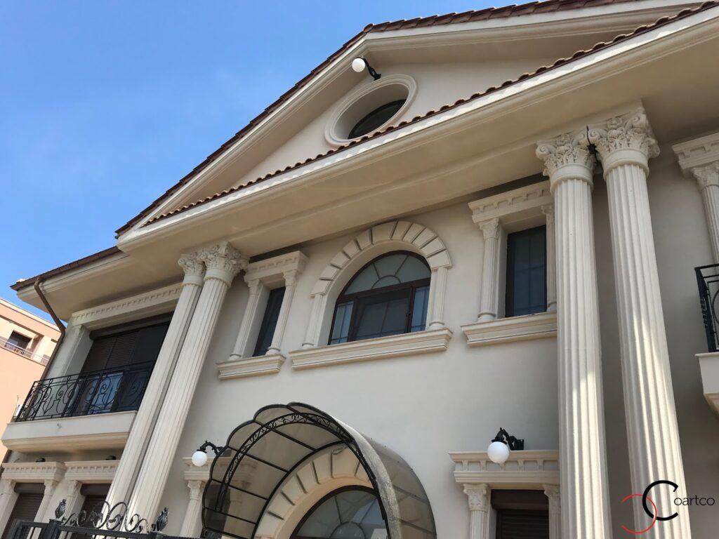 Coloane decorative din polistiren CoArtCo pentru fatada casei