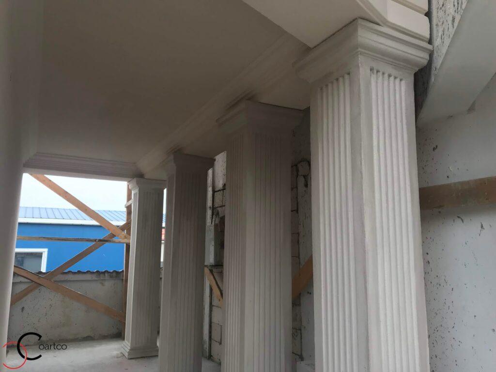 Coloane patrate decorative personalizate din polistiren CoArtCo