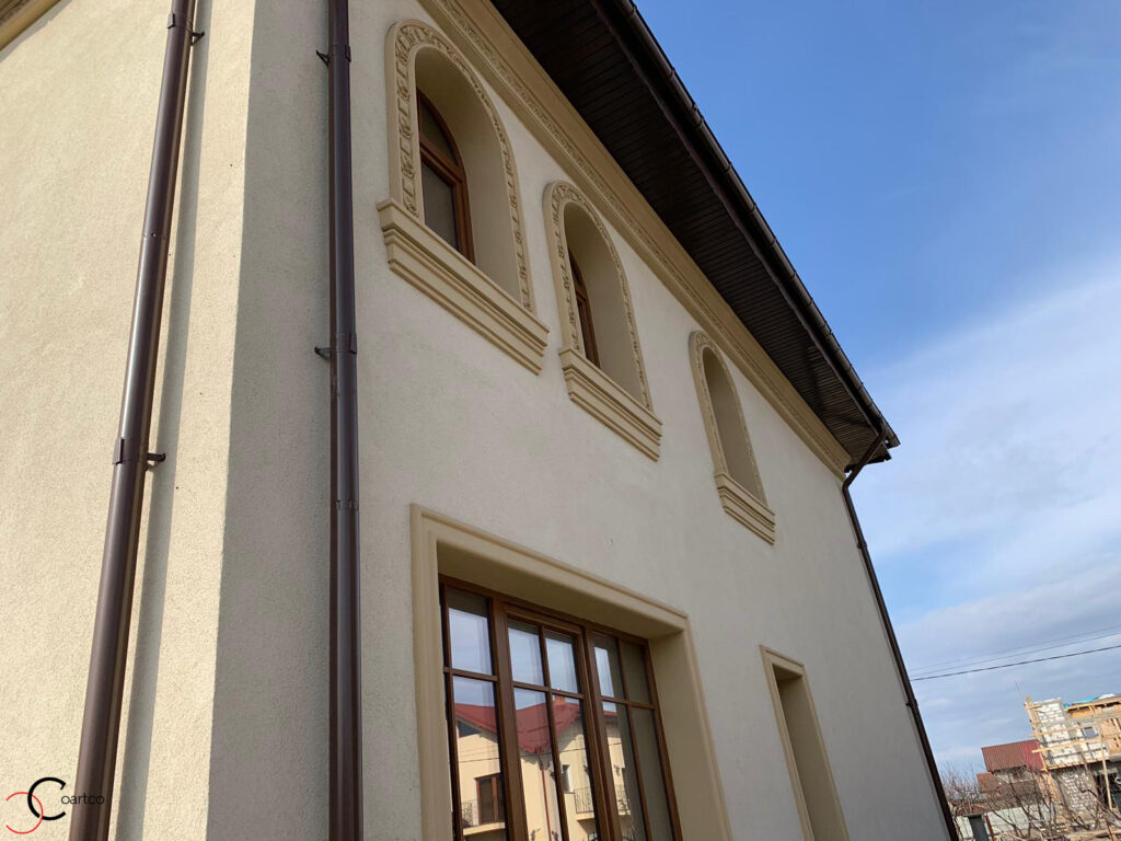 Profile decorative din polistiren in stil neoromanesc