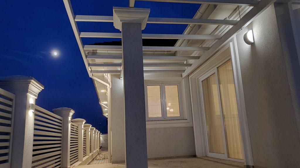 schite fatada casa si design iluminat fatada casa