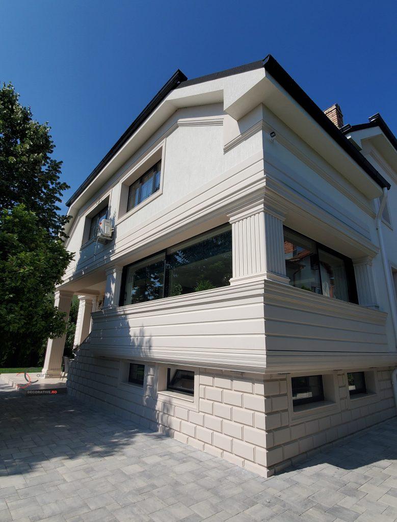 modele case cu profile decorative